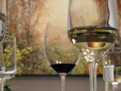 Wine glasses. (Photo: emdot/Flickr/File Photo)