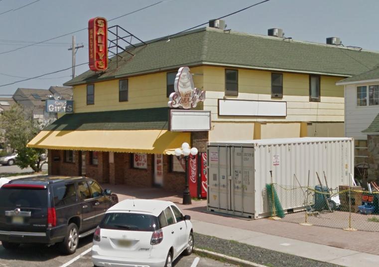 Salty's, Lavallette (Credit: Google)