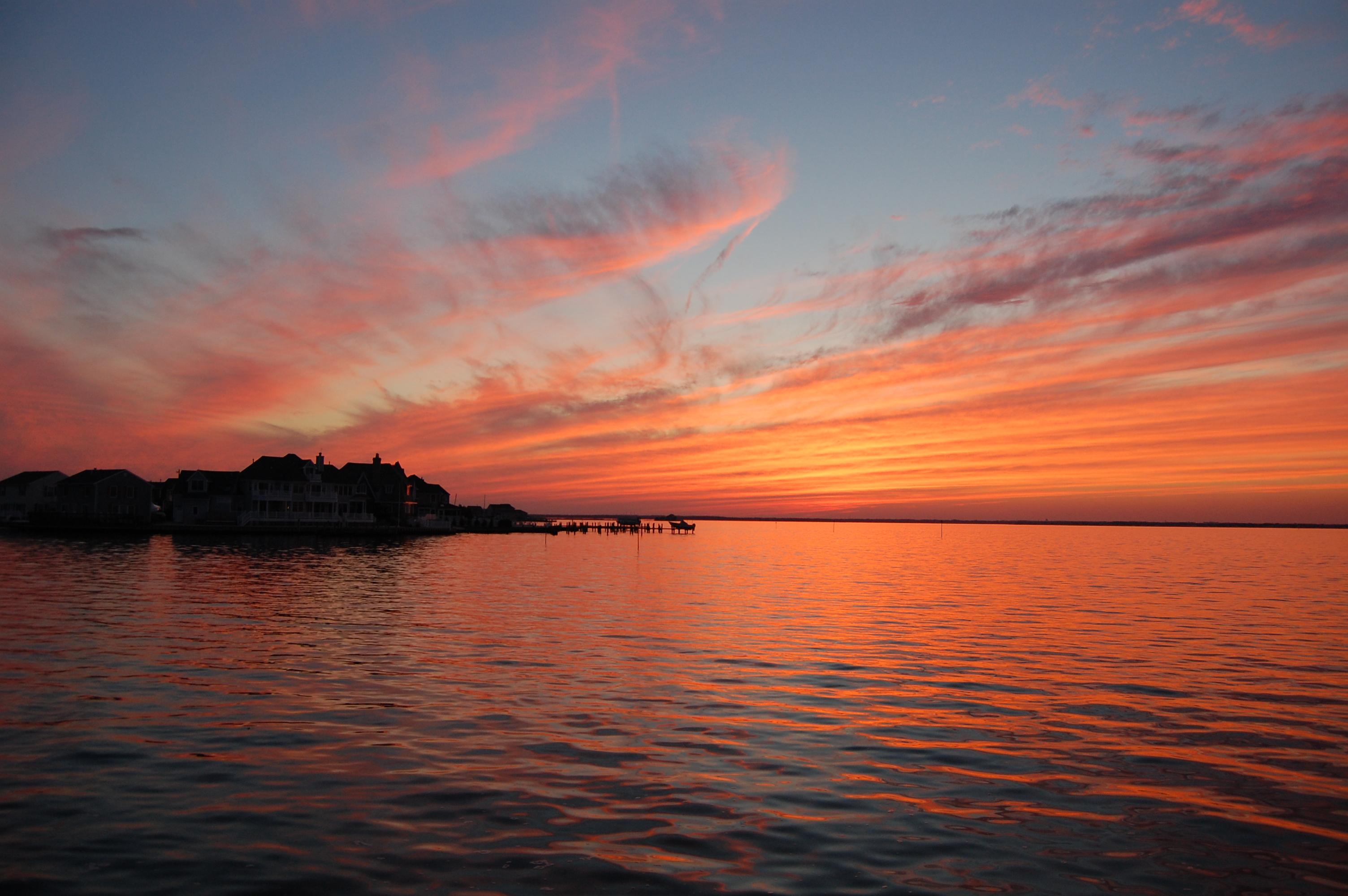 A sunset over Barnegat Bay in Brick, N.J.'s Normandy Beach section. (Photo: Daniel Nee)