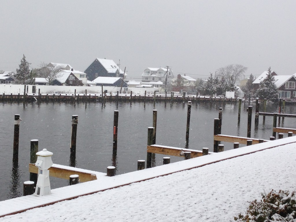 Snowfall along a dock in Ortley Beach (Photo: Daniel Nee)