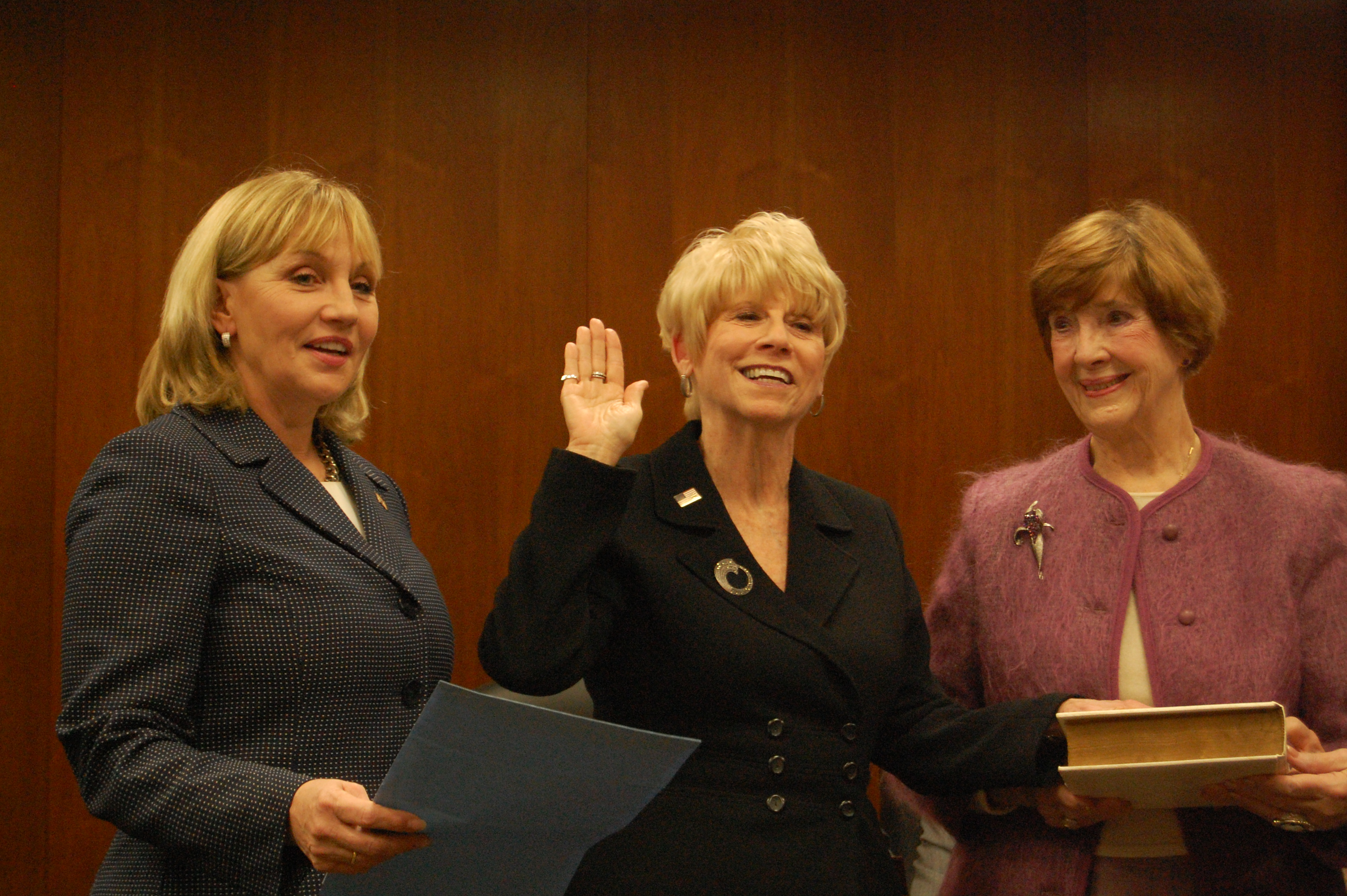Lt. Gov. Kim Guadagno swears in Ocean County Freeholder Virginia Haines. (Photo: Daniel Nee)