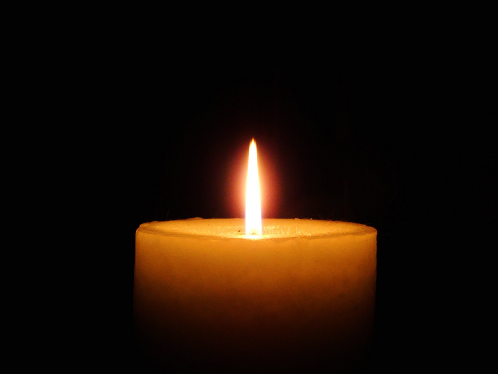 Candle. (Photo: Shawn Carpenter/Flickr)