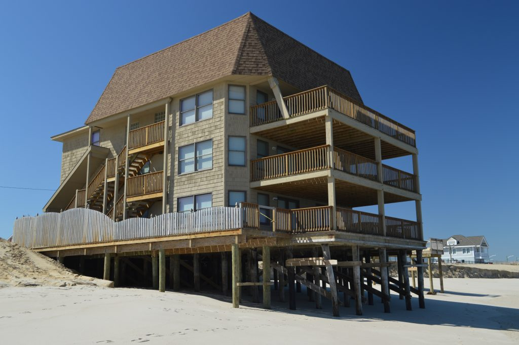 The Golden Gull condominium building in Ortley Beach, NJ. (Photo: Daniel Nee)