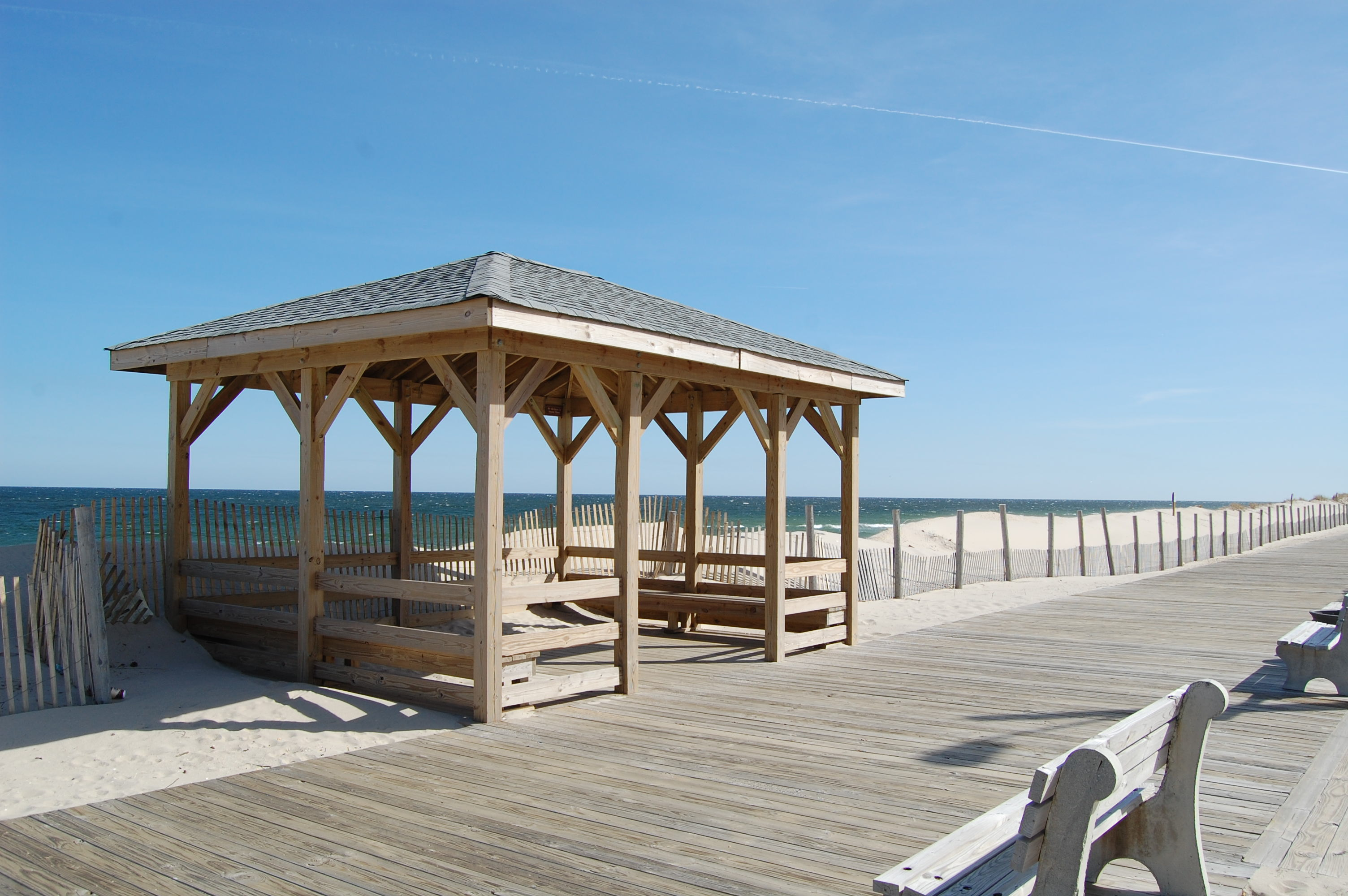 Benches and a gazebo along the Lavallette boardwalk. (Photo: Daniel Nee)