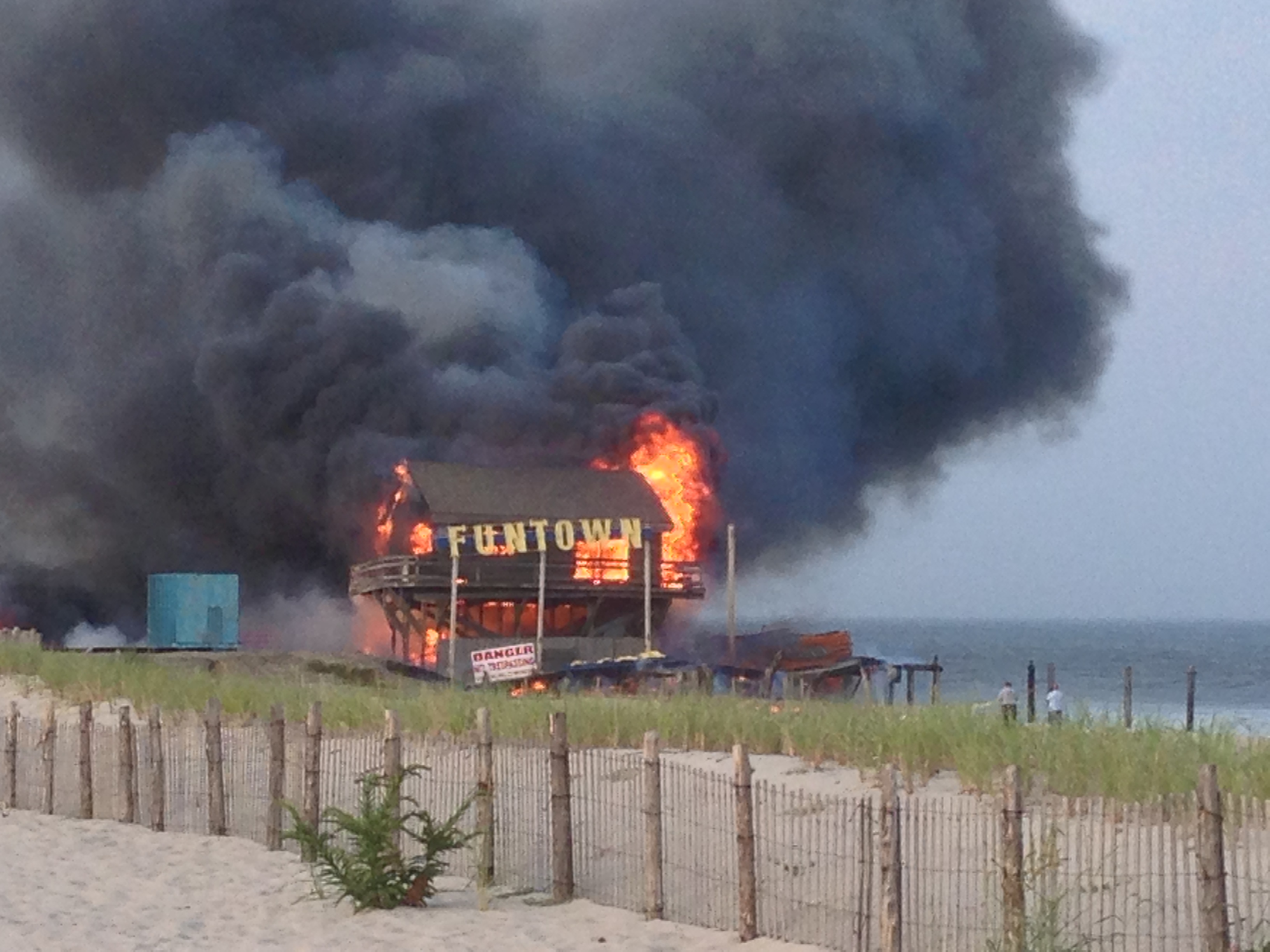 Funtown Pier, consumed by fire, Sept. 12, 2013. (Photo: Daniel Nee)