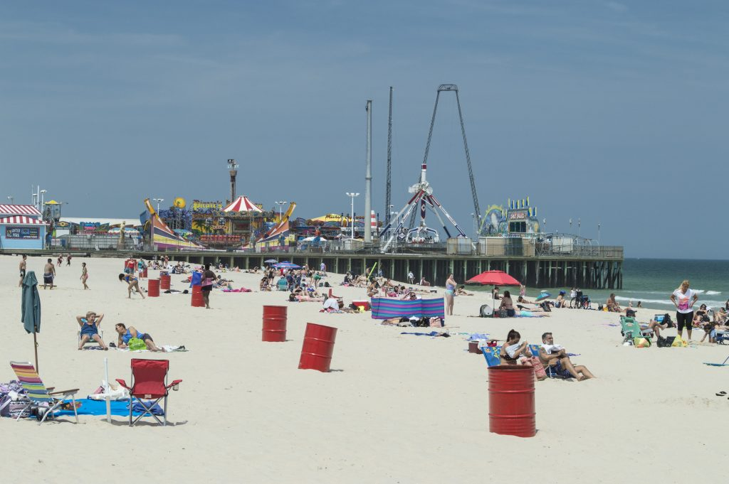 Beachgoers relax at the Webster Avenue Beach in Seaside Heights, May 26, 2016. (Photo: Daniel Nee)