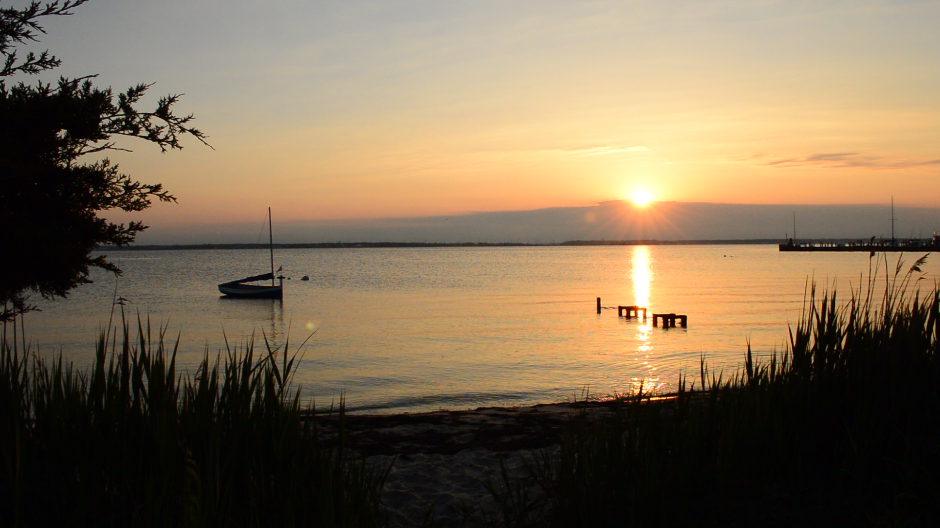 Sunset on Barnegat Bay in Seaside Park (Photo: Daniel Nee)
