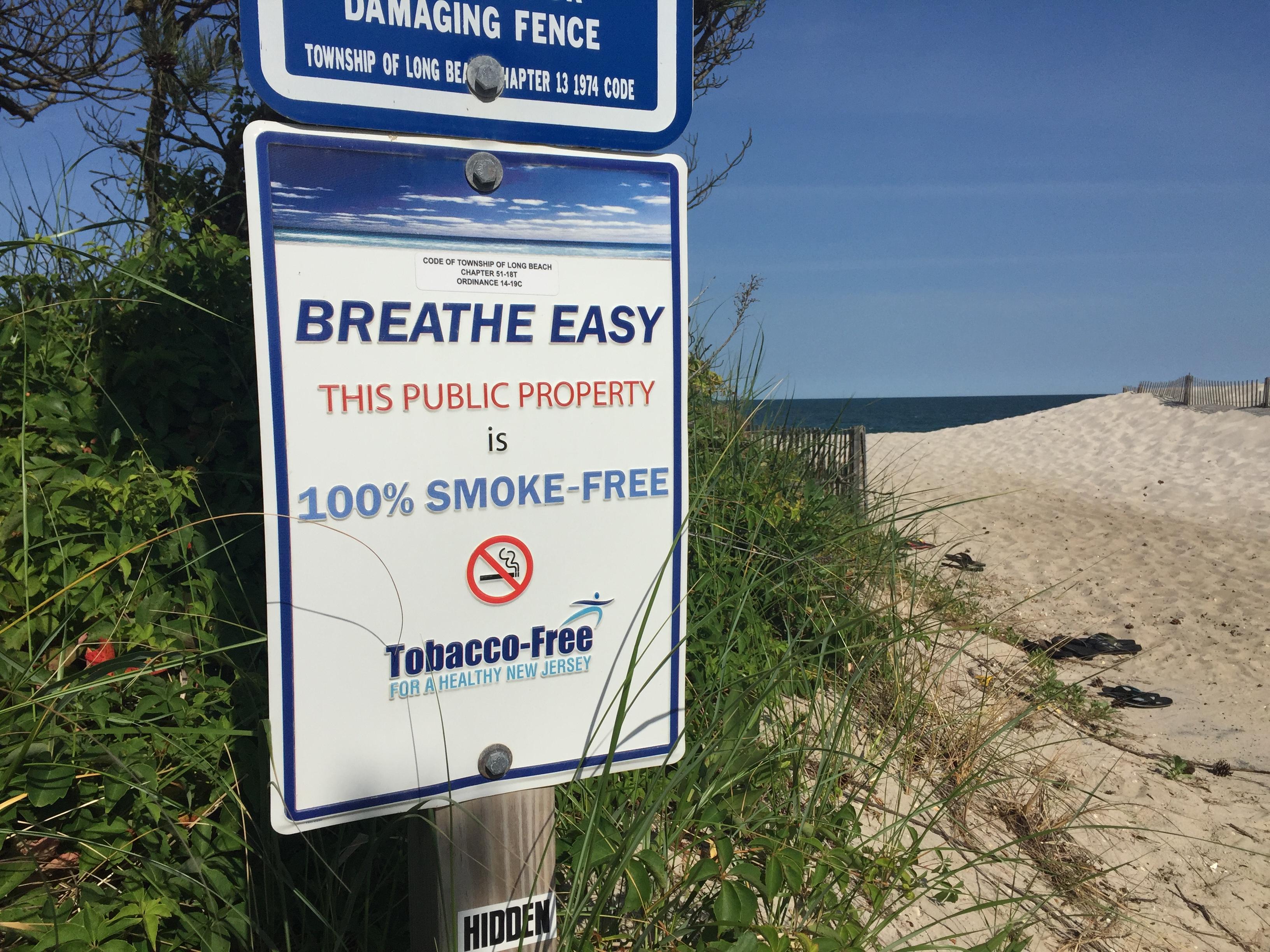 No Smoking Sign At A Local Beach