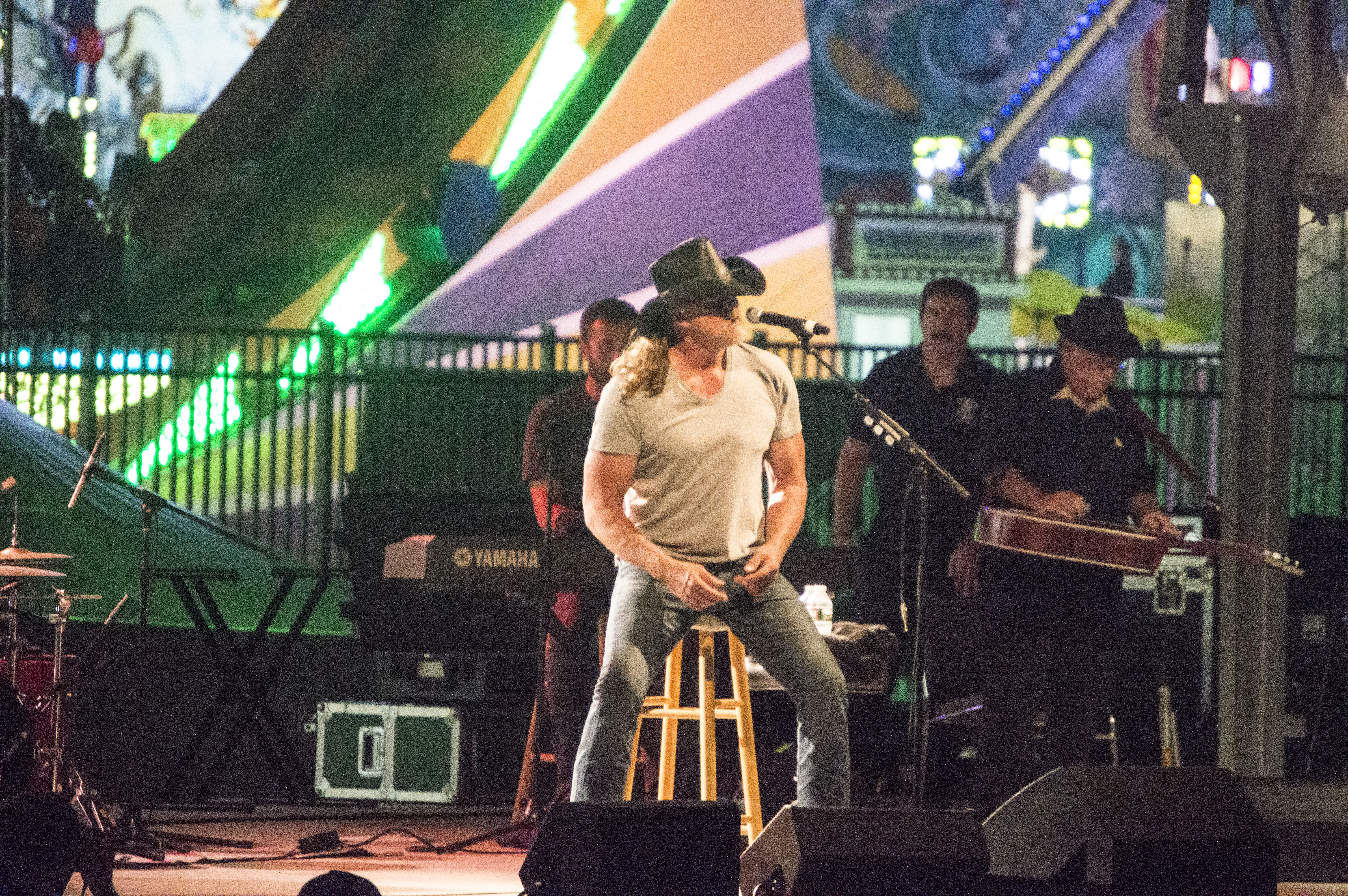 Trace Adkins Performs in Seaside Heights, N.J., July 13, 2016. (Photo: Daniel Nee/Shorebeat)