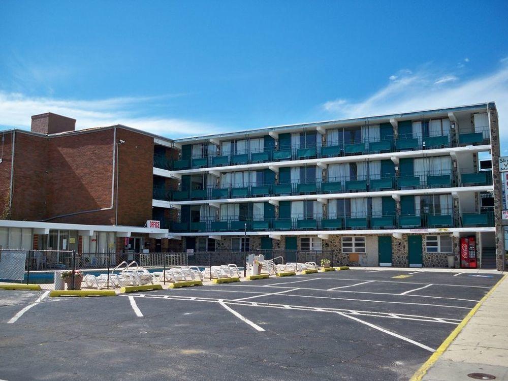 Skyview Manor Motel, Seaside Heights. (Photo: Priceline)