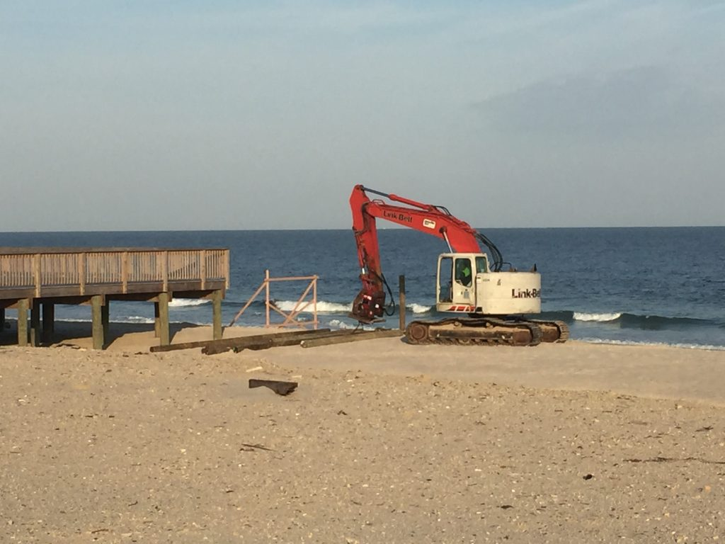 Construction on the Belle-Freeman property begins in Seaside Heights, N.J, Nov. 2, 2016. (Photo: Daniel Nee)