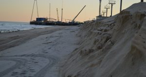Makeshift dunes in Seaside Heights following the Jan. 23, 2017 nor'easter. Photo from Jan. 25, 2017. (Photo: Daniel Nee)