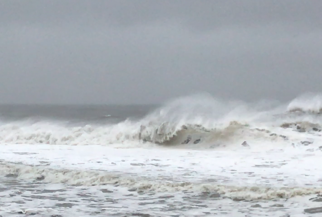 Waves kicked up by the March 14, 2017 nor'easter. (Photo: Daniel Nee)