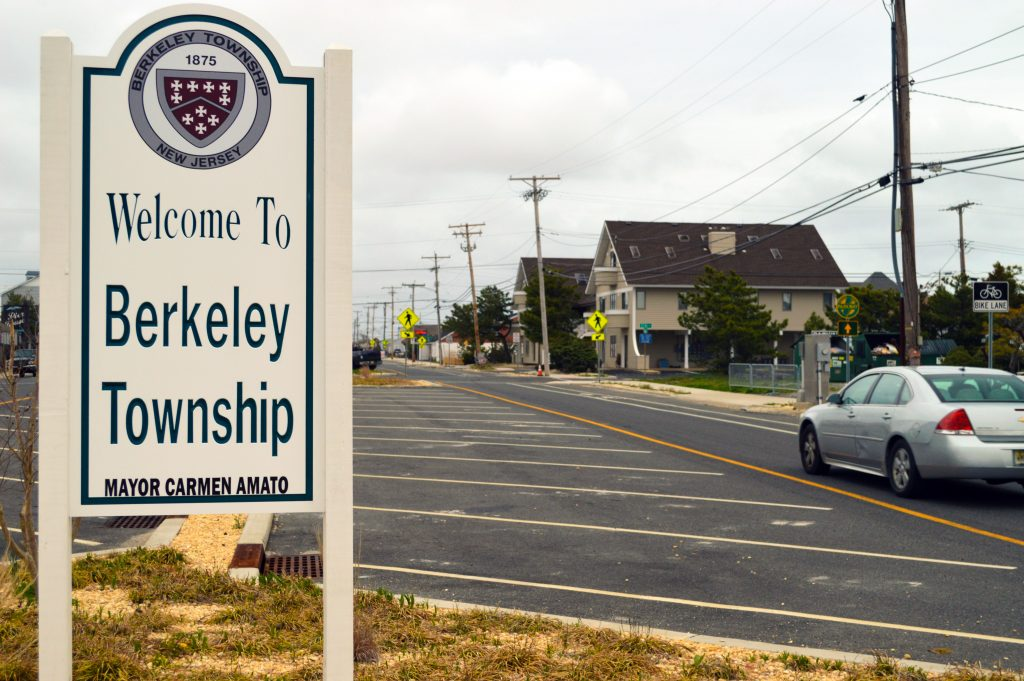 A 'Welcome to Berkeley Township' sign in South Seaside Park. (Photo: Daniel Nee)