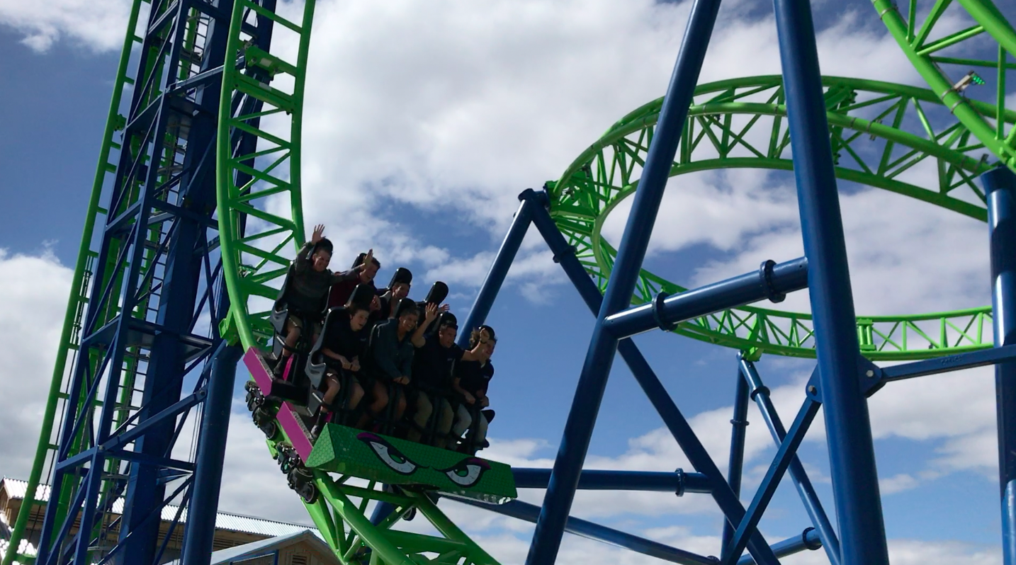 A group of riders enjoy HYDRUS on its first day in operation. (Photo: Daniel Nee)