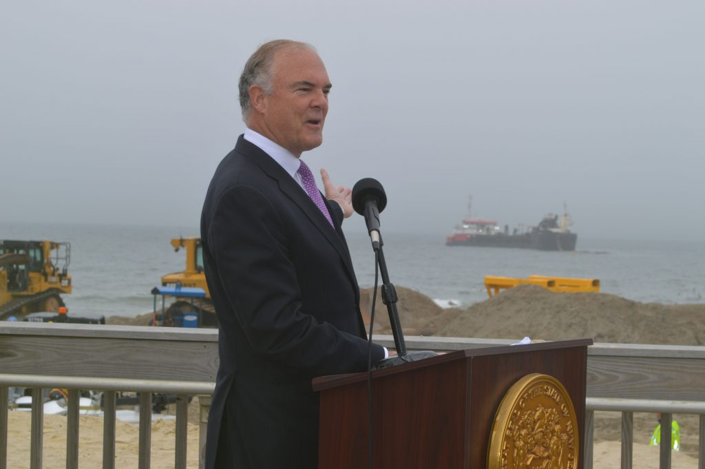 N.J. Department of Environmental Protection Commissioner Bob Martin speaks in Ortley Beach, May 31, 2017. (Photo: Daniel Nee)