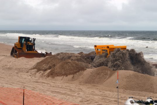 Beach replenishment in Ortley Beach, N.J. begins, May 29, 2017. (Photo: Daniel Nee)