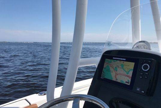 Boating on Barnegat Bay. (Photo: Daniel Nee)