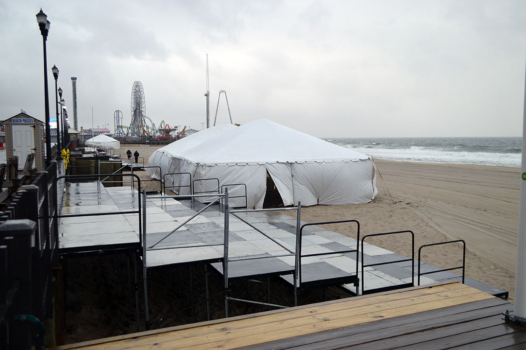 Preparations for the 2018 Seaside Heights Polar Plunge. (Photo: Daniel Nee)
