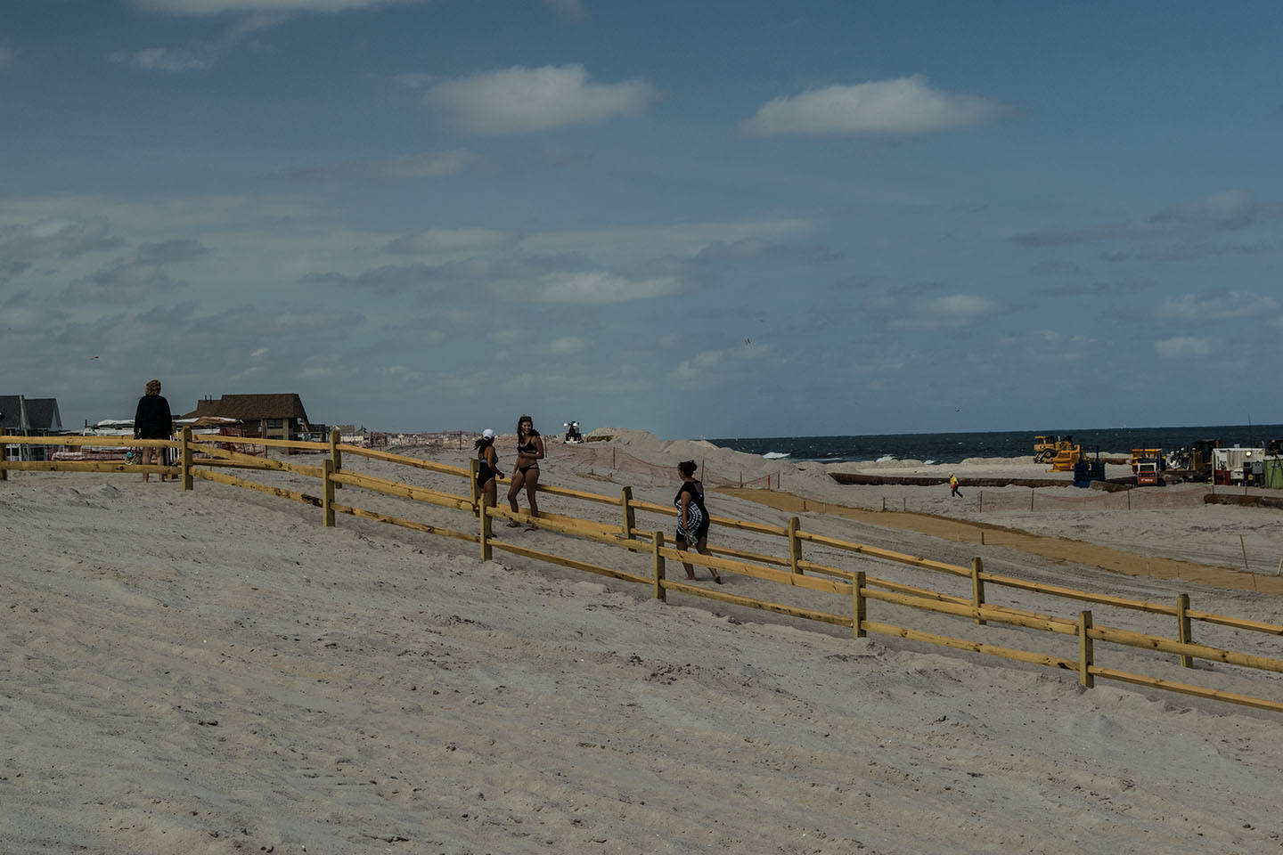 Beachgoers enter the newly-designed beachfront in Ortley Beach, Sept. 1, 2018. (Photo: Daniel Nee)