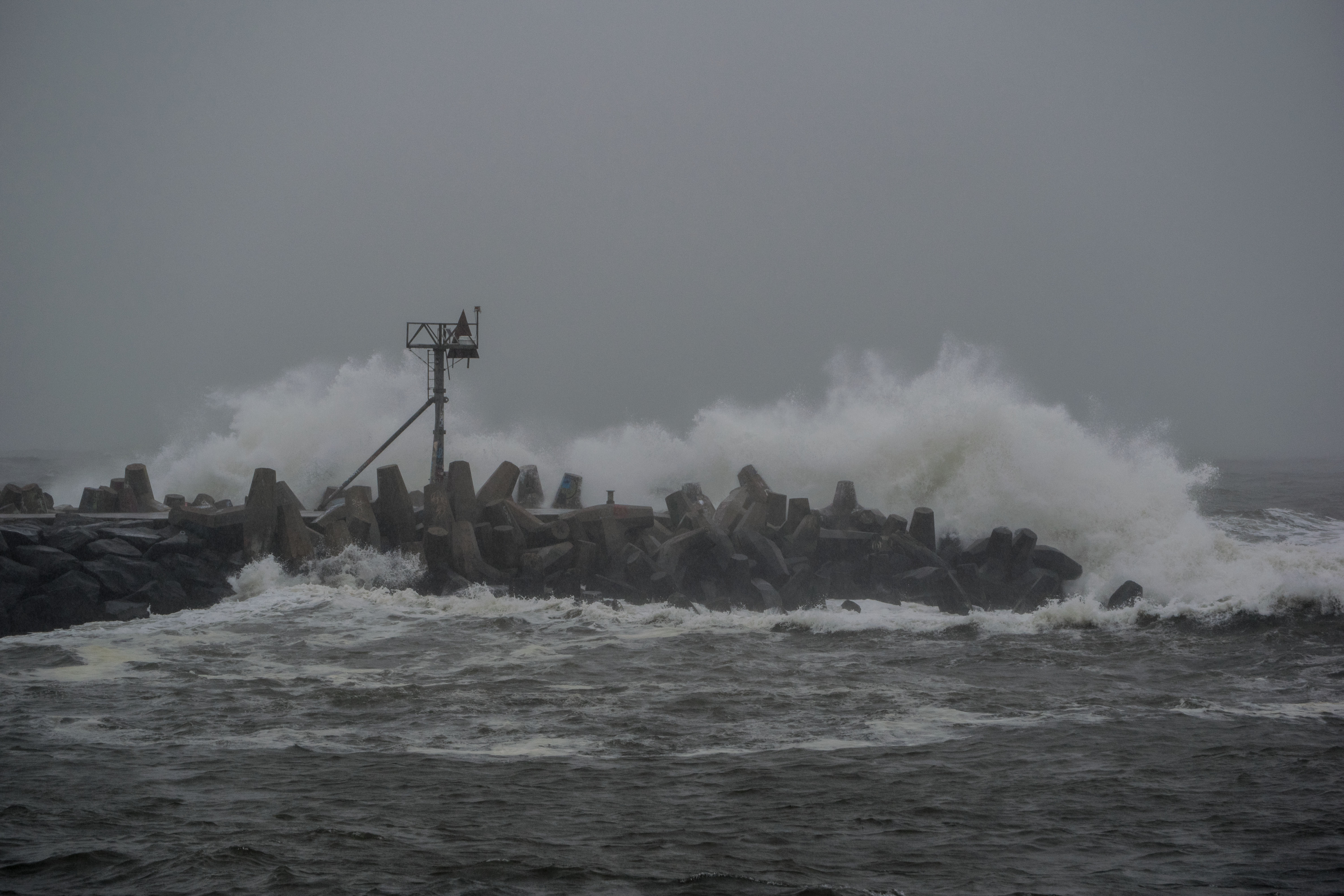 Heavy surf during the Sept. 10, 2018 storm. (Photo: Daniel Nee)
