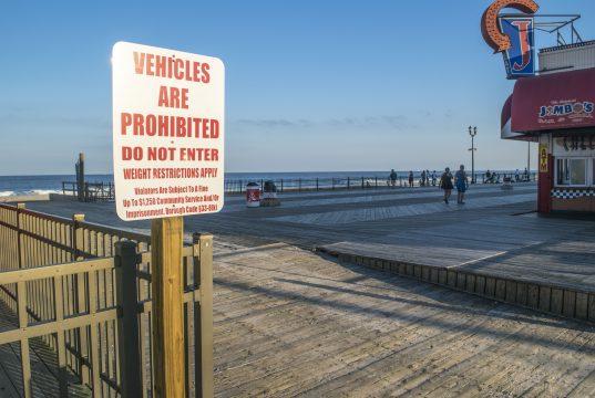 A vehicle entrance along the Seaside Heights boardwalk. (Photo: Daniel Nee)
