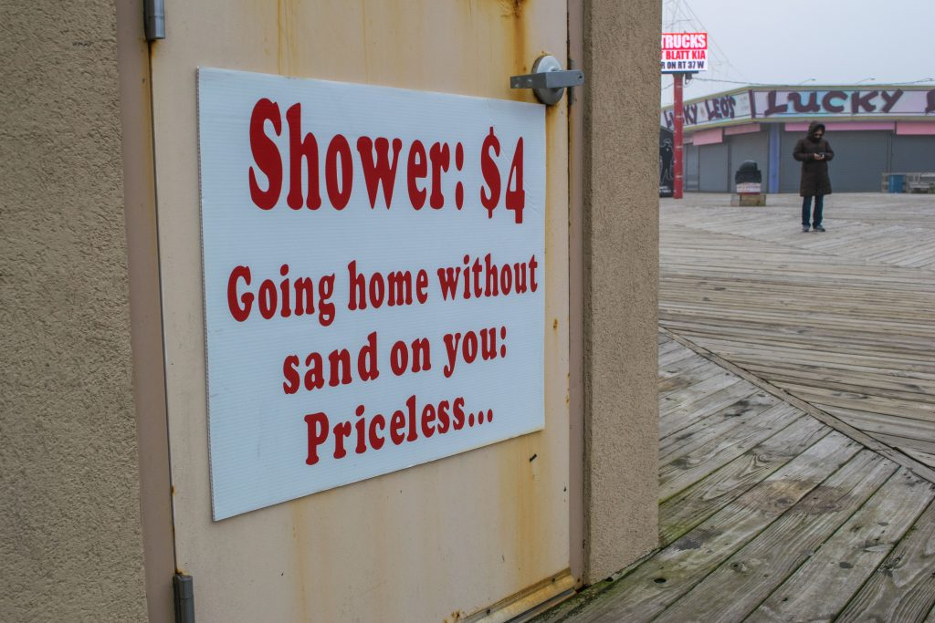 The Seaside Heights boardwalk hot shower concession. (Photo: Daniel Nee)