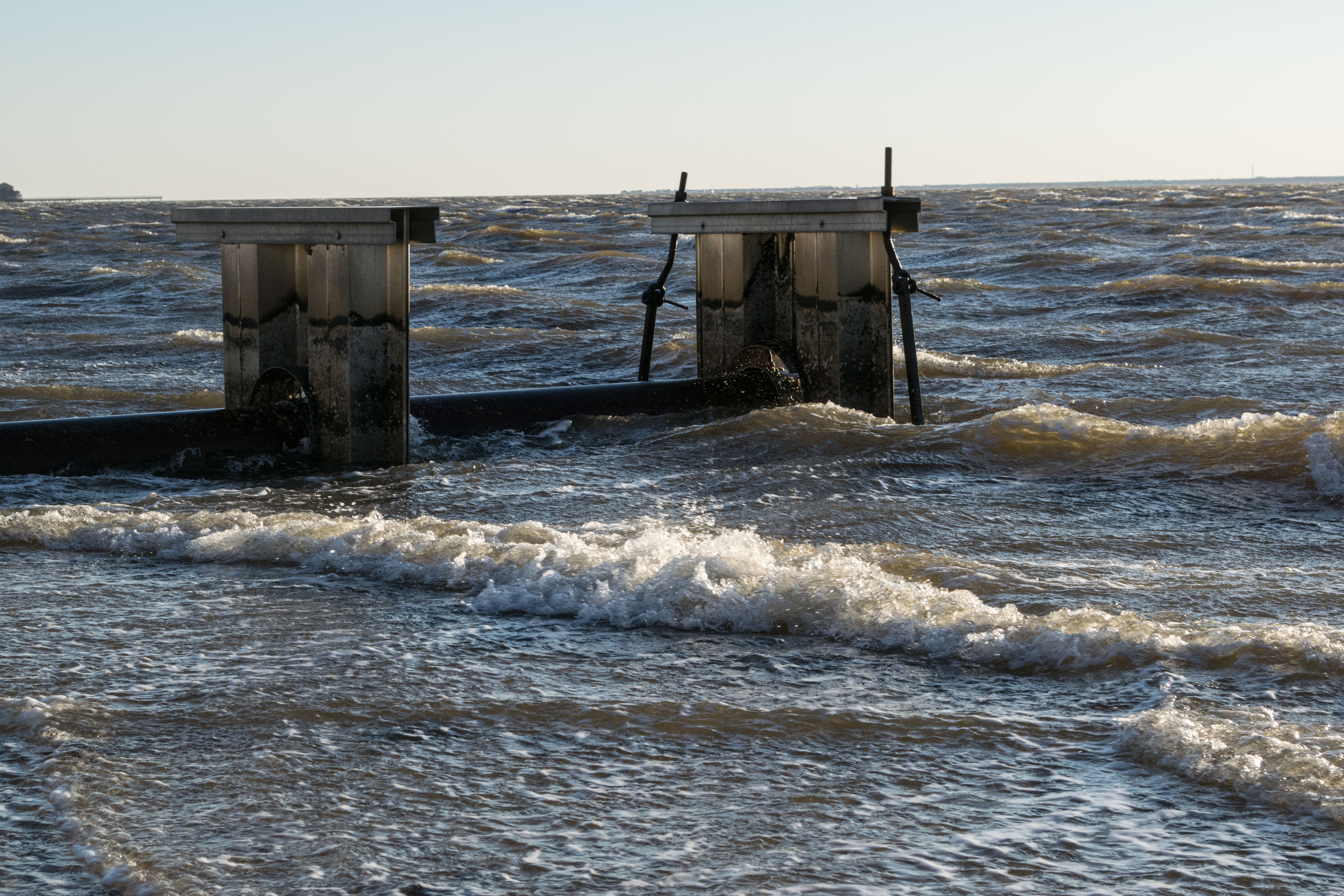 Winds whip up the Jersey Shore, Feb. 25, 2019. (Photo: Daniel Nee)