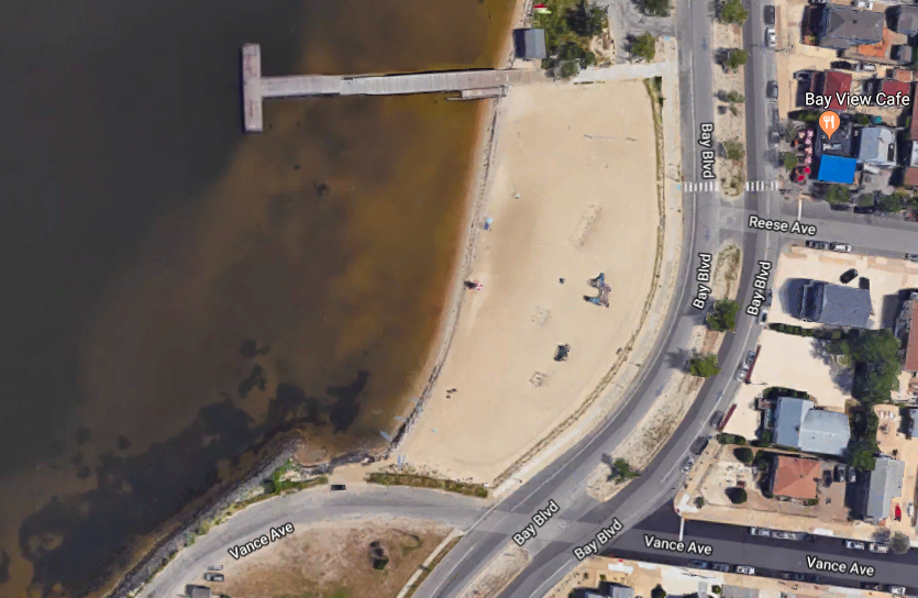 The bay beach near Reese Avenue, where swimming has been prohibited. (Credit: Google Maps)