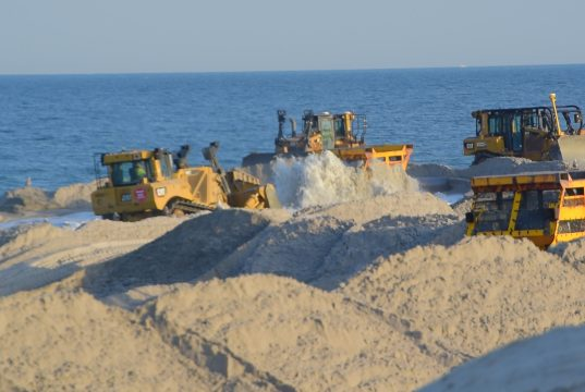 Beach replenishment work in Lavallette, April 4, 2019. (Photo: Daniel Nee)