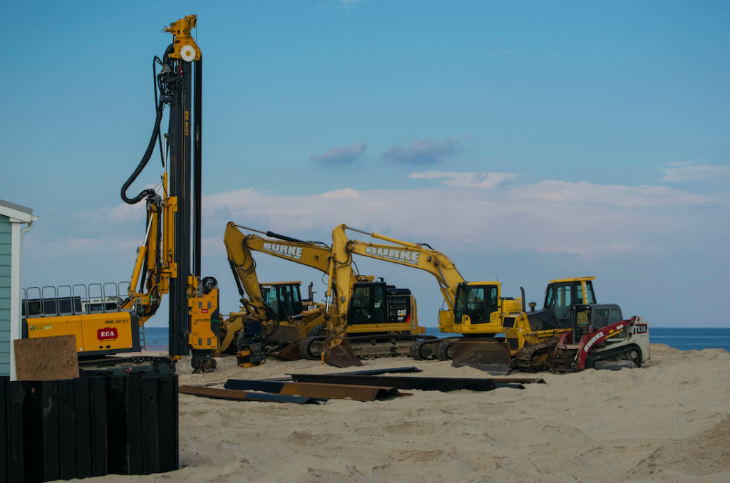 Construction on a sea wall along the Point Pleasant Beach boardwalk. (Photo: Daniel Nee)