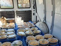 A delivery of 160 meals on the way to Community Medical Center, March 24, 2020. (Photo: Crab's Claw Inn)