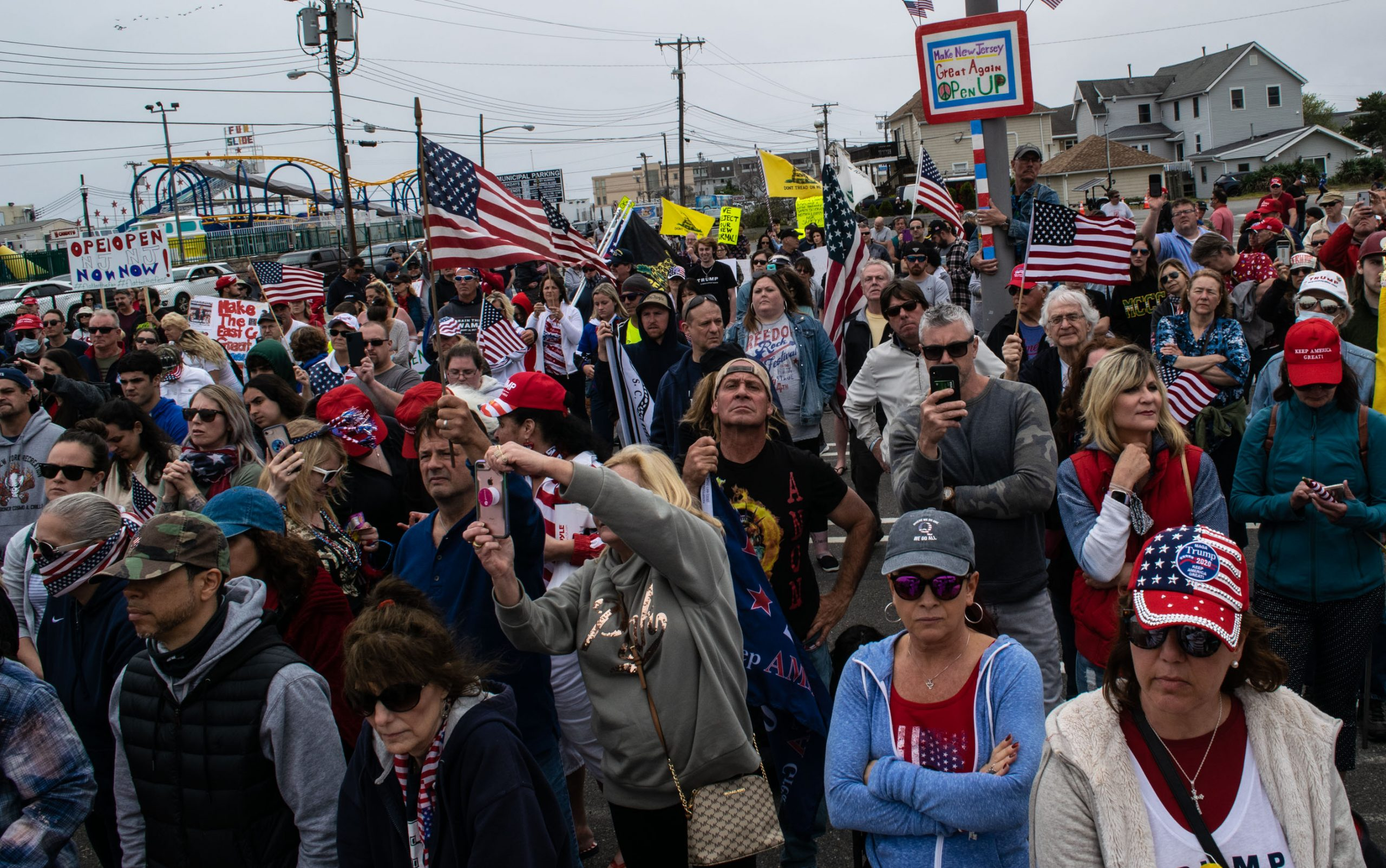 A 'Reopen NJ' rally is held in Point Pleasant Beach, May 25, 2020. (Photo: Daniel Nee)