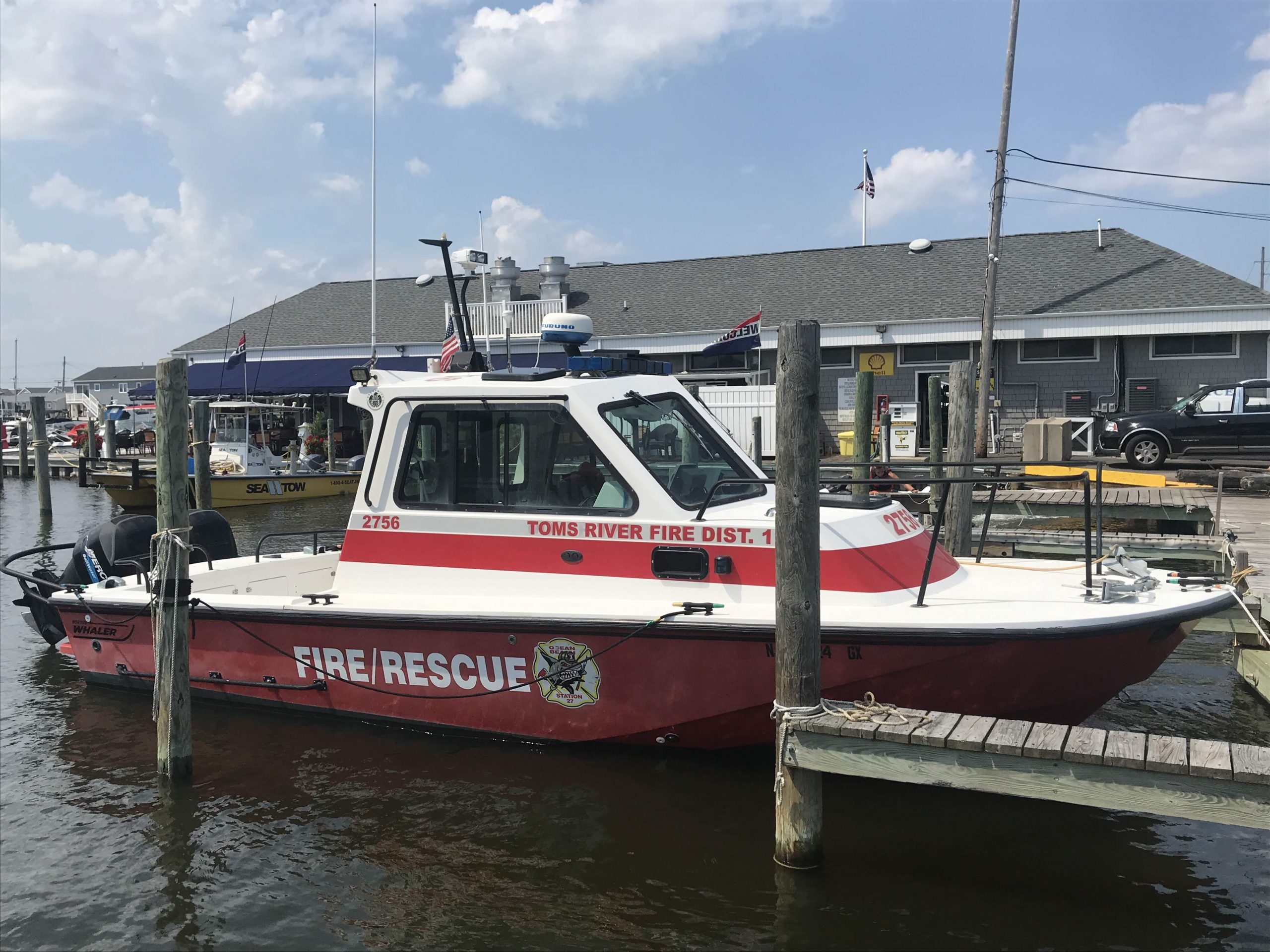 A Toms River fire/rescue boat at Ocean Beach Marina. (Photo: Daniel Nee)