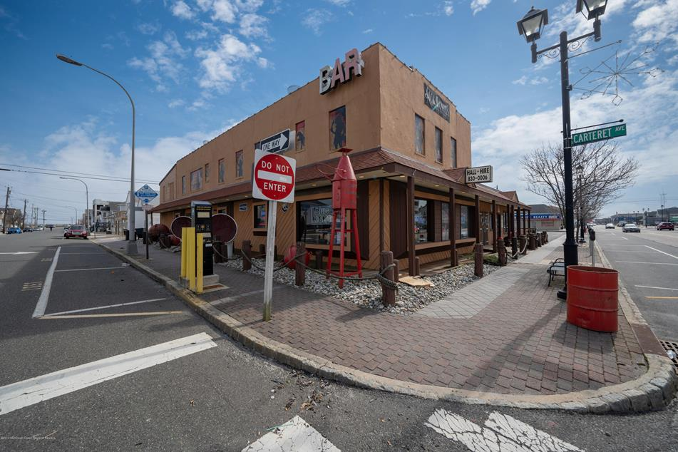 Captain Hooks Bar, Seaside Heights. (Photo: Monmouth/Ocean MLS)