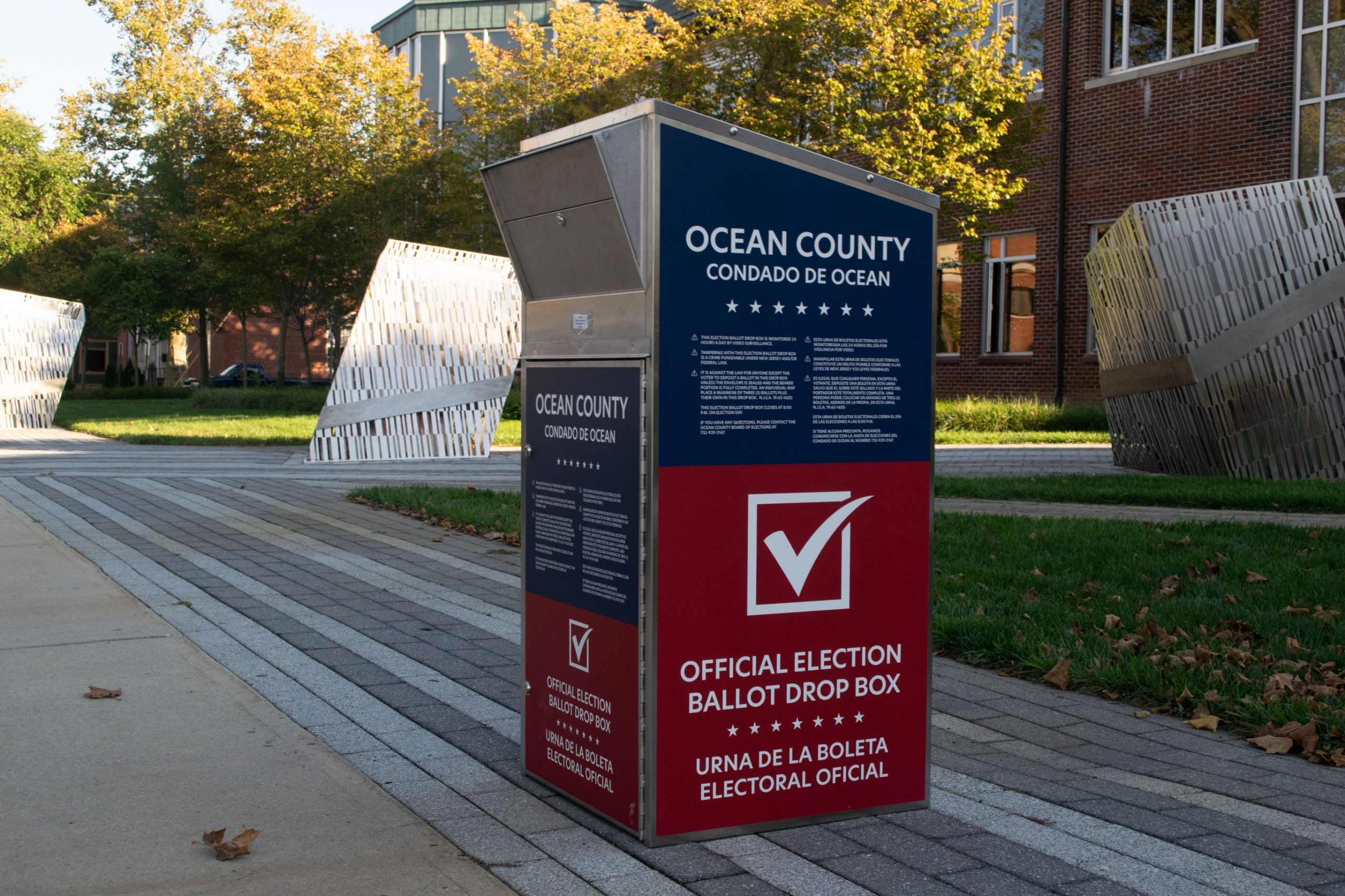 An Ocean County ballot drop box for the 2020 election. (Photo: Daniel Nee)