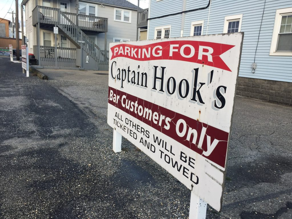 Captain Hook's Bar, Seaside Heights, N.J., Dec. 2020. (Photo: Daniel Nee)