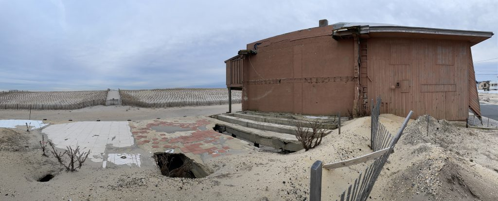 The Joey Harrison's Surf Club property, Jan. 2021. (Photo: Daniel Nee)
