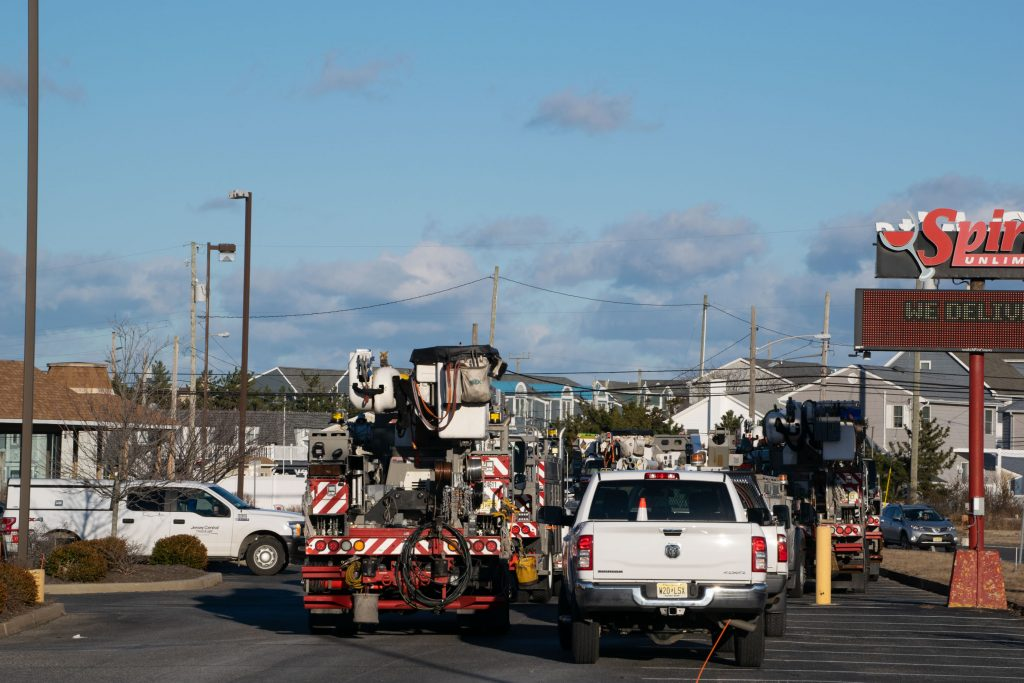 A JCP&L truck near the scene of a power outage in Ortley Beach, Jan. 29, 2021. (Photo: Daniel Nee)