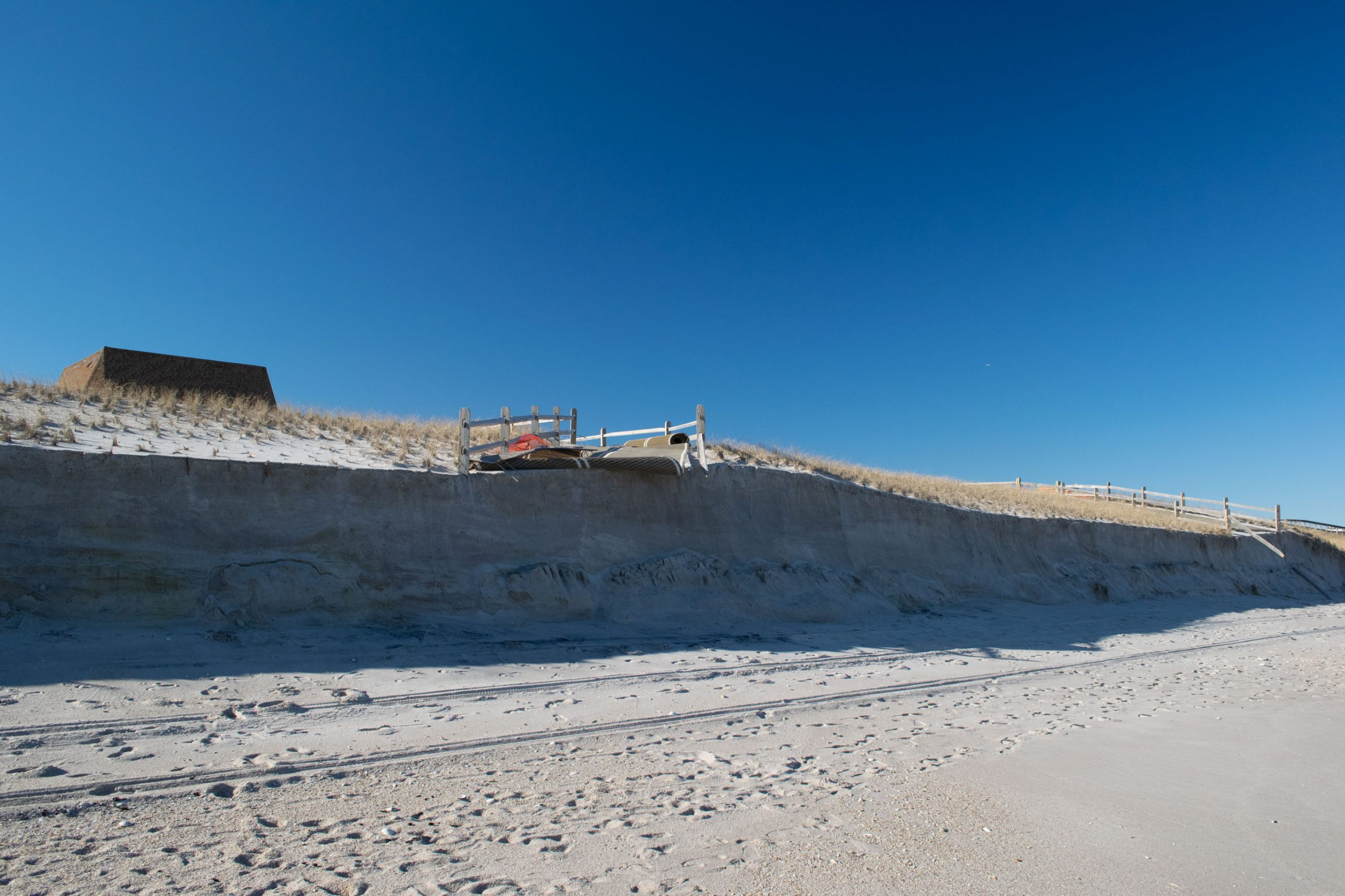 Dune damage and beach erosion following the Feb. 1-3, 2021 nor'easter. (Photo: Daniel Nee)