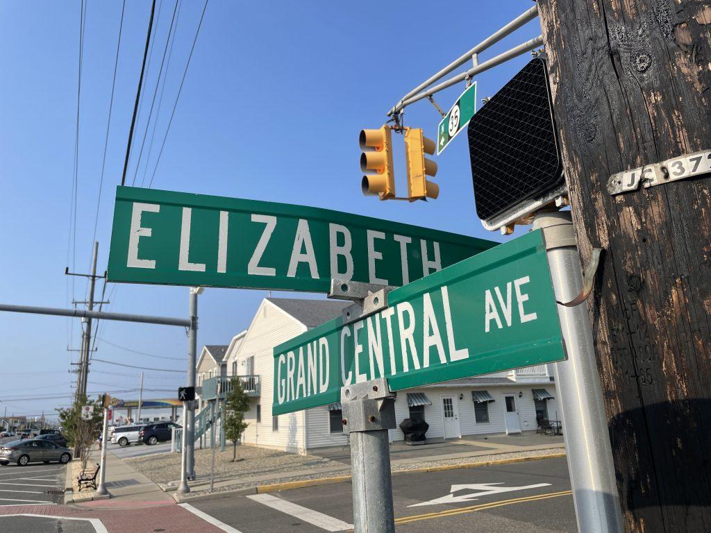 Elizabeth Avenue and Grand Central Avenue, Lavallette. (Photo: Daniel Nee)