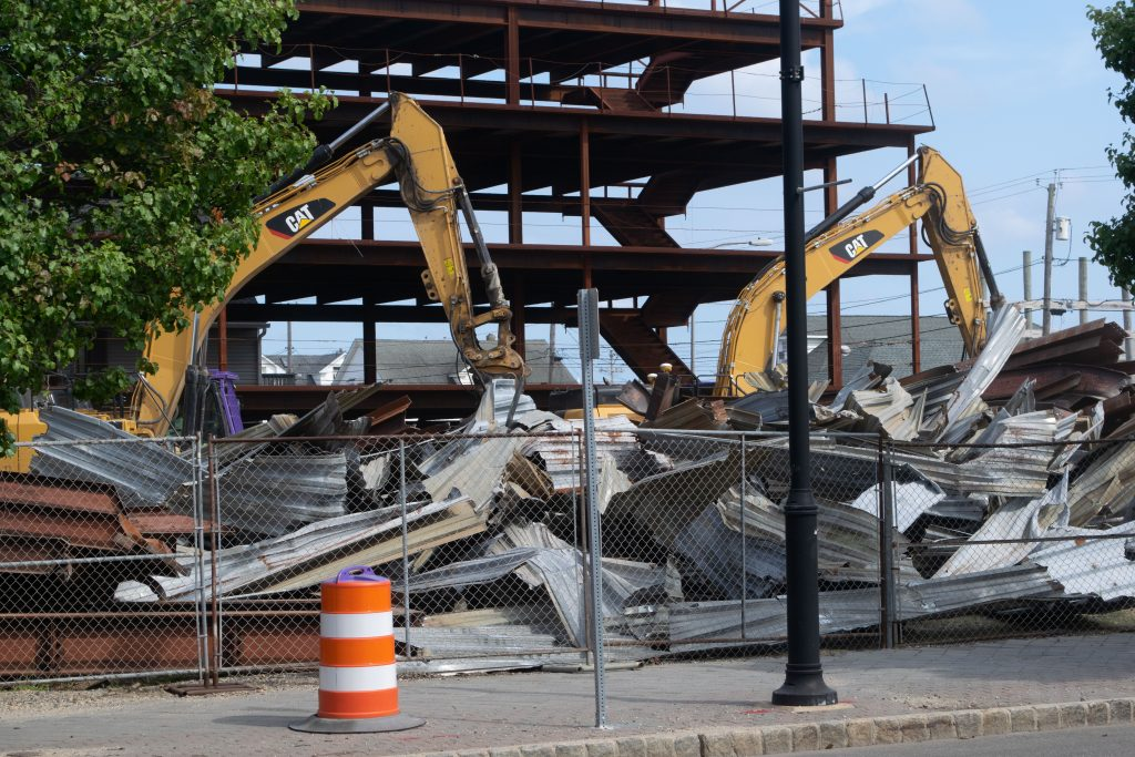 The 'steel structure' on the Boulevard in Seaside Heights is demolished, Aug. 16, 2021. (Photo: Daniel Nee)